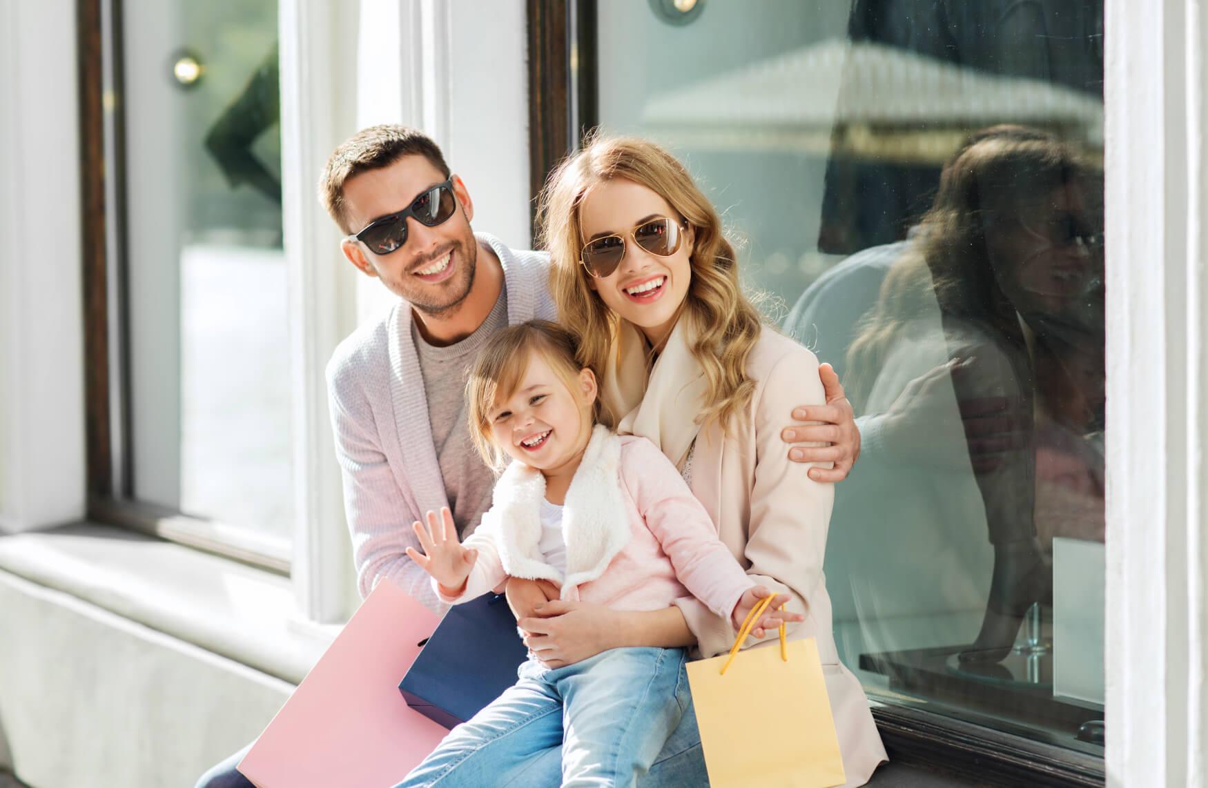Familie-Freizeit-Einkaufen-Spaß